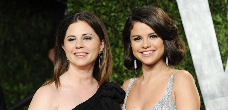 selena gomez with mother