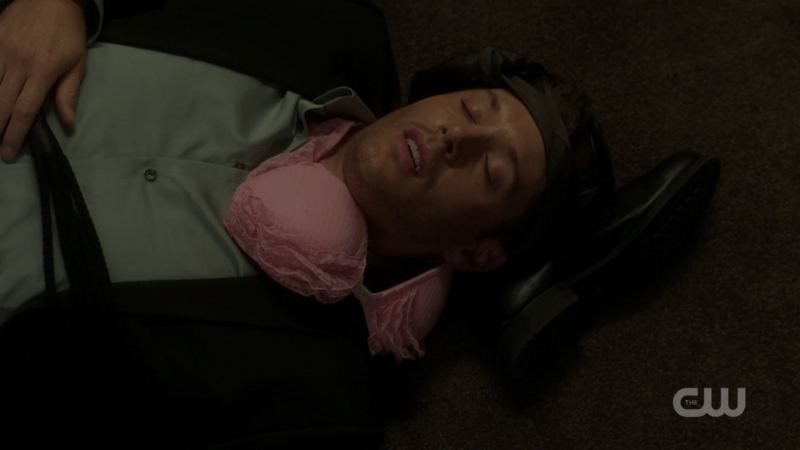 dean winchester passed out supernatural 1305