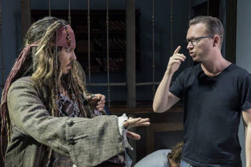 johnny depp with joachim ronning espen sandberg pirates movie